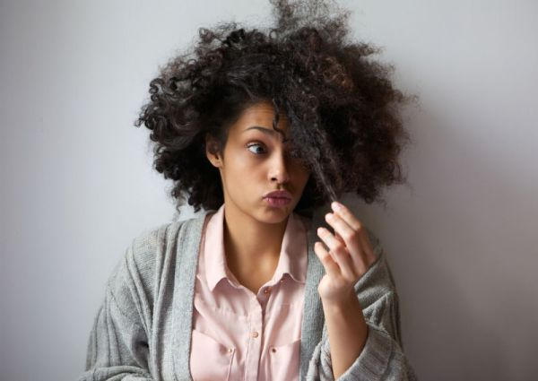 How To Prevent Breakage When Transitioning To Natural Hair. Transitioning can be challenging but we've got the top tips on how to do it right and not sacrifice your growth!