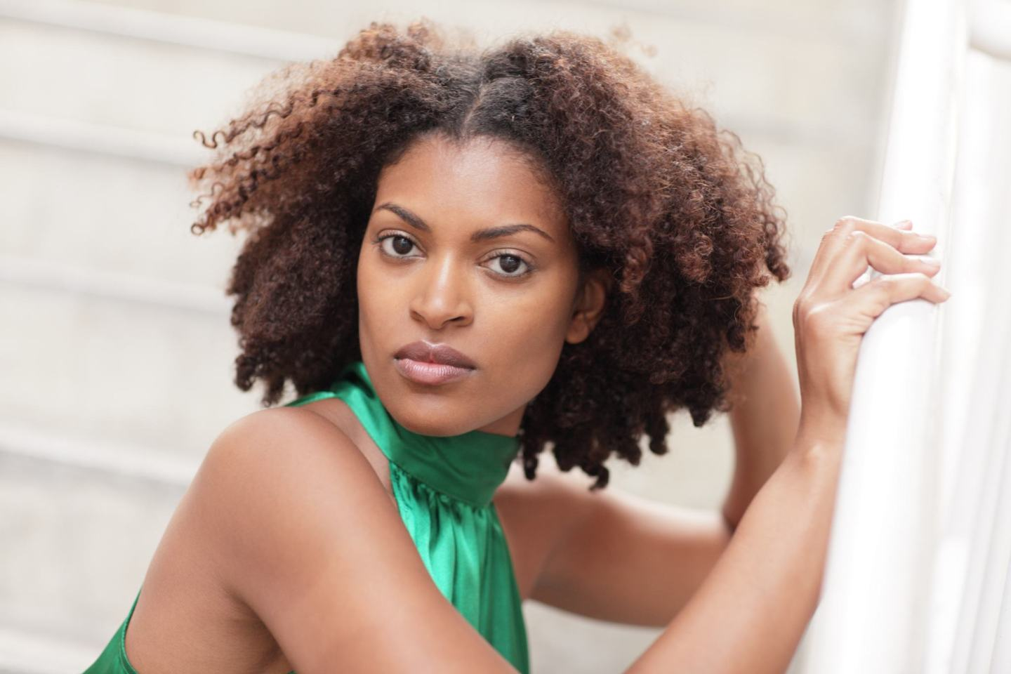 Spring Hair time. Every season has it's challenges, and for spring, we have to get over the winter cold and dryness and get our hair ready for warmer temps.