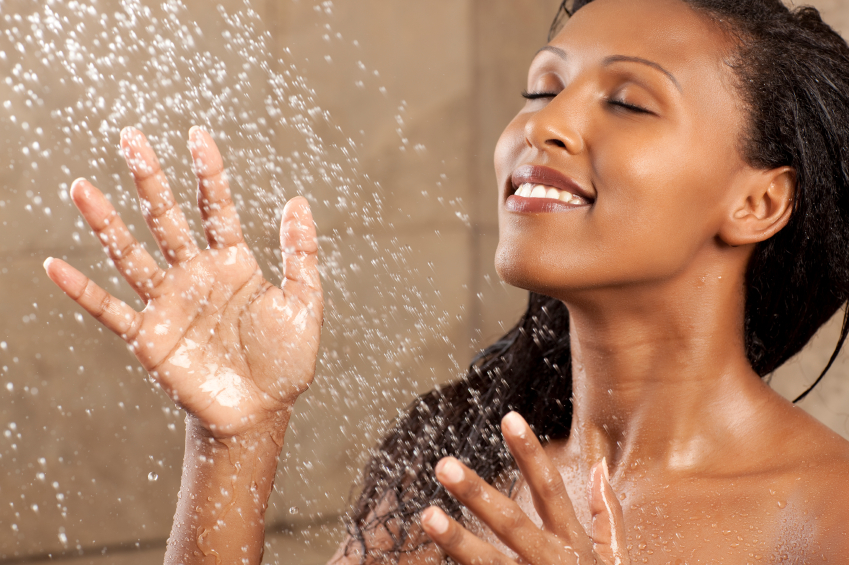 Hard Water & How It Negatively Effects Natural Hair