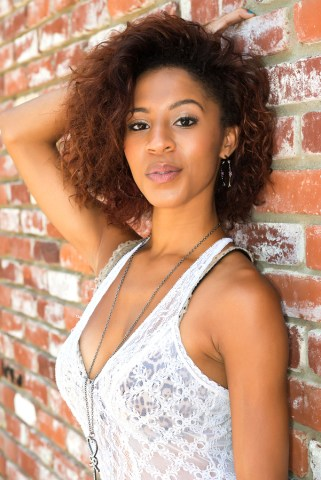 The Do's and Don'ts of Transitioning to Natural Hair