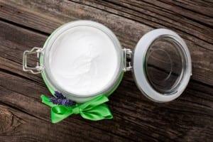 10 способов, чтобы заменить средства личной гигиены с кокосовым маслом