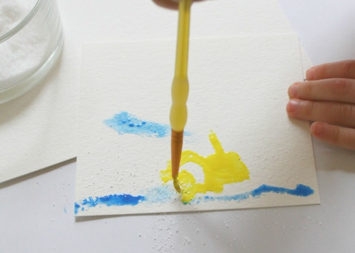 Preschool & Toddler Crafts Watercolors and Salt-4