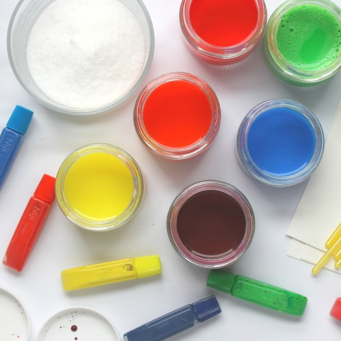 Preschool & Toddler Crafts Watercolors and Salt-IG