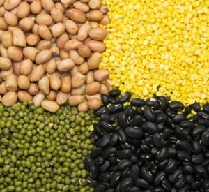 Green beans peeling bark, Green beans, black beans and peanuts