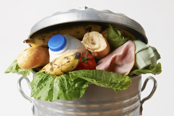 Image: Researchers: 9% of the world's food supply is thrown away or left to spoil