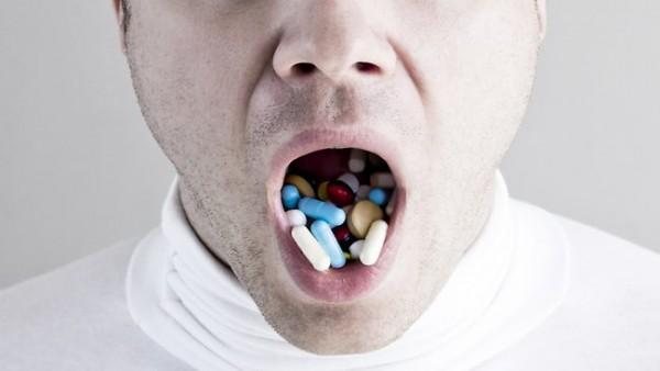 Image: Prescription opioid deaths surpass gun-related deaths… Big Pharma literally killing more people than GUNS
