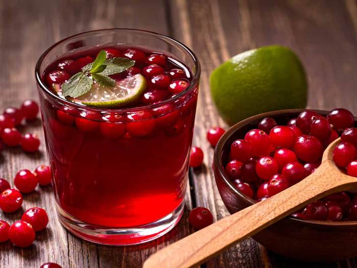 Image: Naturally occurring plant carbohydrate in cranberries could help prevent UTI