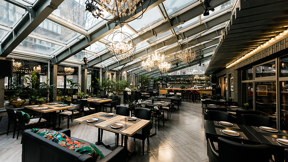 Image: New York City to allow indoor dining at 25% capacity by Sept. 30