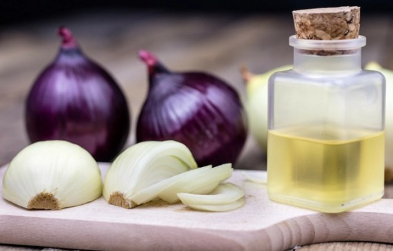 How-to-Make-Onion-Juice-for-Hair-Growth