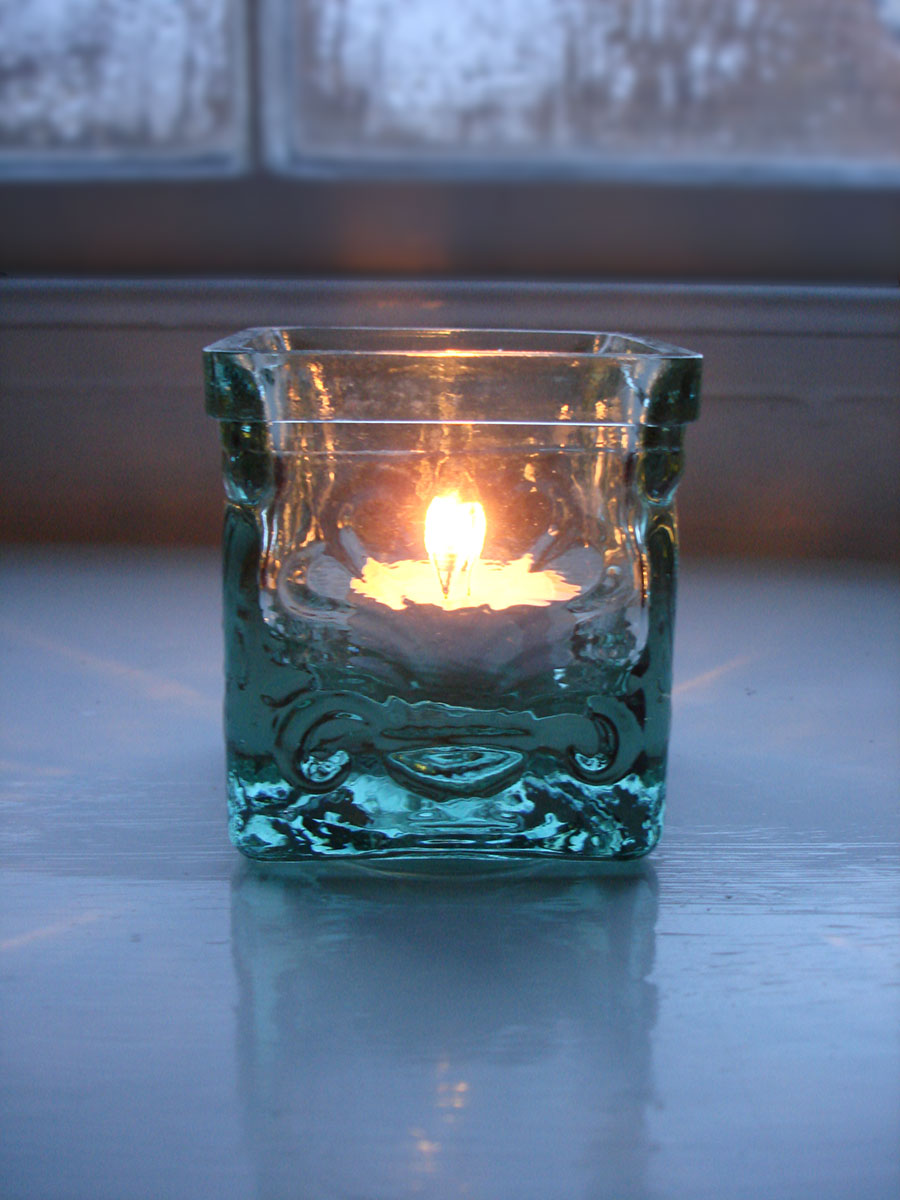 Recycled Glass Tealight Holder Natural Simplicity