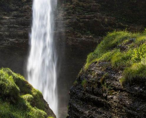Waterfall family training instruction Mateja Petje Background