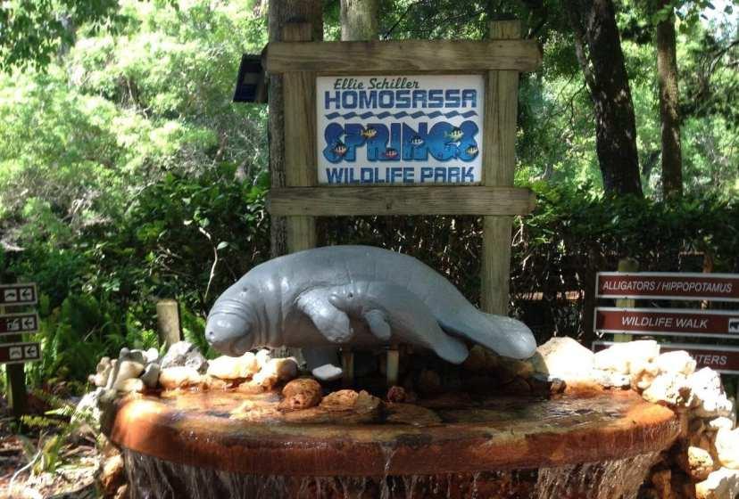 Manattee statue in front of Homosassa Springs Wildllife park