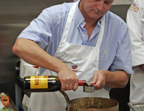 Ten Meals in Ten Minutes with Chef Warren Caterson