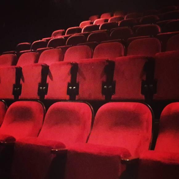 Quelle belle soirée hier au Théâtre de la Vie ! Merci à toustes ! :-)