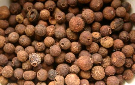 Pimienta de Jamaica (Pimenta officinalis)