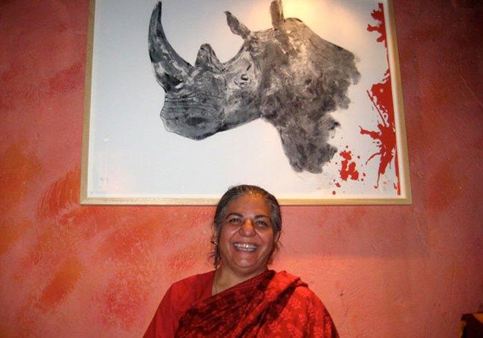 Vandana Shiva y unas de mis obras