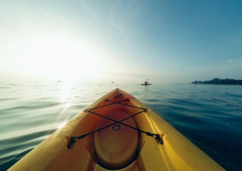 what to wear kayaking