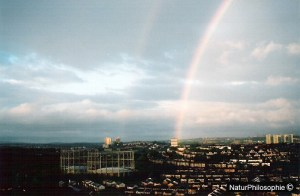 A photograph taken in 2004 of a double rainbow over Glasgow Northside. Image: NaturPhilosophie