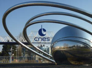 A photograph showing the headquarters of the CNES in Toulouse, France.