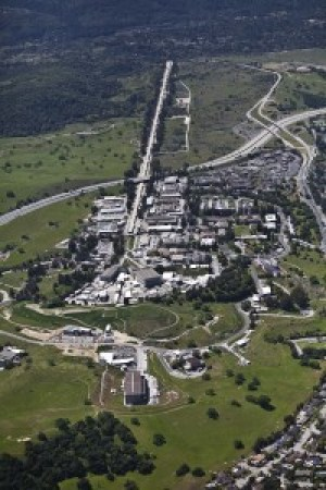 An aerial view of the site of the Stanford linear accelerator.