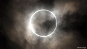 A photograph showing the Sun's corona and diamond ring during the total eclipse in Tokyo in 2012.