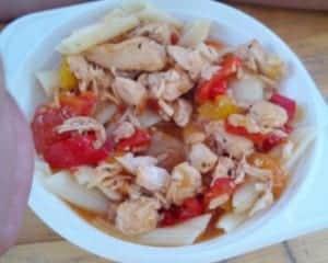 triathlon susz jedzenie pasta party papryka