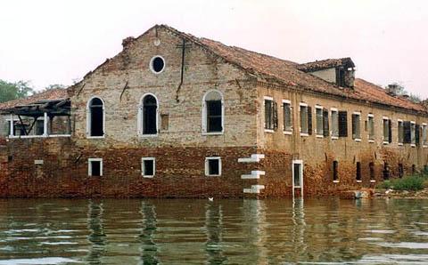 Onde foram inventados a quarentena e o lazareto? Veneza.