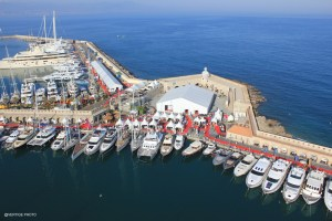 antibes yacht show aerial vertige photo
