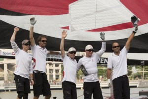 Extreme Sailing Series : A faultless Alinghi win Act 2, Singapore