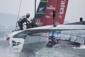 Louis Vuitton Cup : Luna Rossa Challenge evens the score