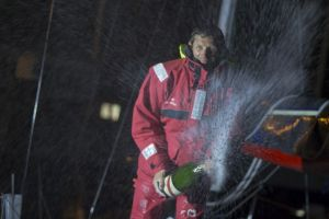 Solitaire Bompard Le Figaro : Premiers lauriers pour Erwan Tabarly sur Armor lux