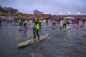 Nautic Paddle sur la Seine : 800 riders pour l'événement Paddle de l'année