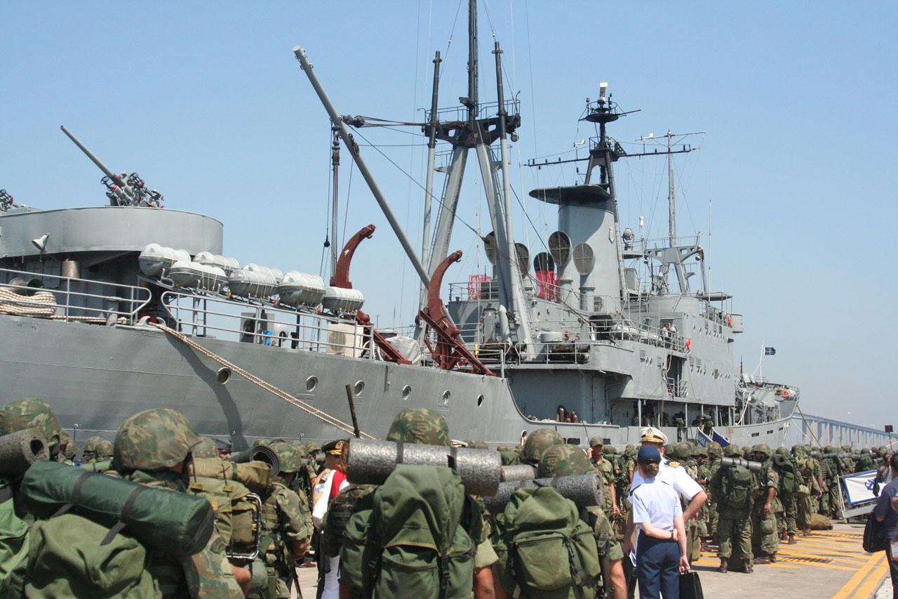 https://i2.wp.com/www.naval.com.br/blog/wp-content/uploads/2008/09/opatlantico2.jpg