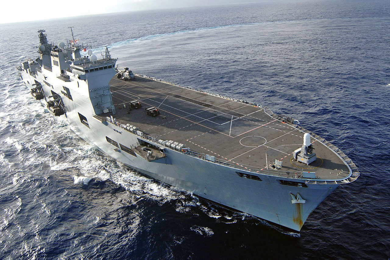 https://i2.wp.com/www.naval.com.br/blog/wp-content/uploads/2010/08/HMS-Ocean.jpg
