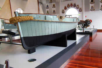 Boom Boat