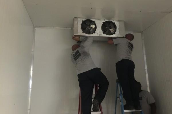 Walking cooler evaporator installation