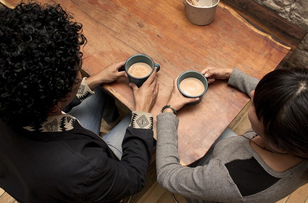 Joy in New Faith | The Navigators 20s Generation | 2 friends sharing coffee