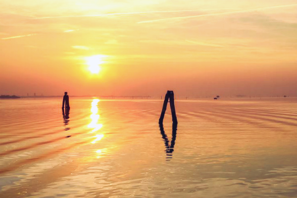 motonave-tiepolo-laguna-venezia-spettacolo-luci-navigazione-brenta-laguna