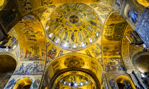 Un esperienza unica…visita notturna della Basilica di San Marco con illuminazione dei mosaici