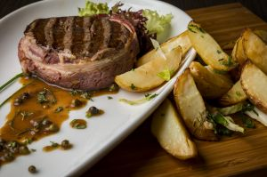 Steak beef sauce wedges