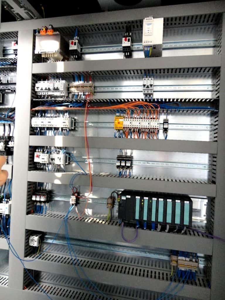automazione industriale - quadro elettrico