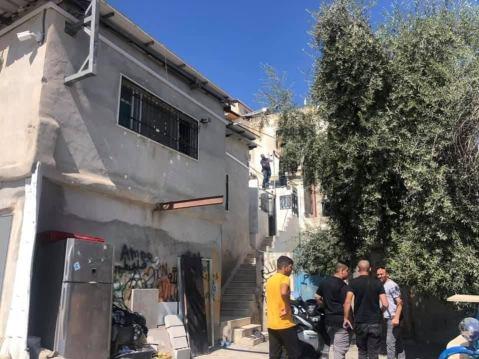مستوطنون يستولون على شقة سكنية في سلوان تسريب العقارات تسريب منزلاستيلاء