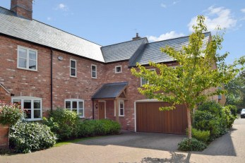 Home Close, Great Easton