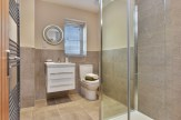 Welland Fields bathroom
