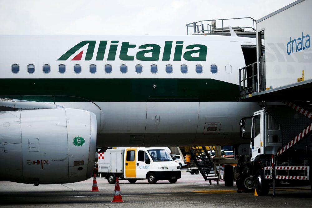 Il ministro Poletti esclude la nazionalizzazione di Alitalia