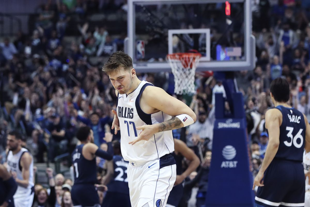 Porzingis returns, Mavs lose 110-107 to Clippers