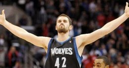 Kevin Love y Ricky Rubio silencian al Staples Center