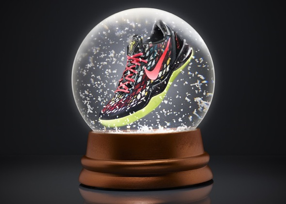 KOBE 8 SYSTEM Xmas colorway 16336