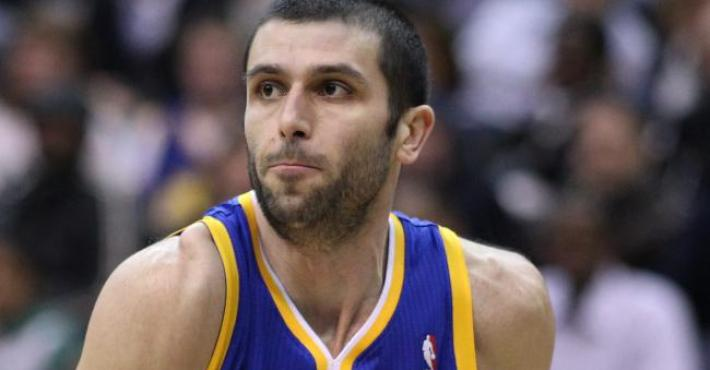 Vladimir Radmanovic se retira del baloncesto