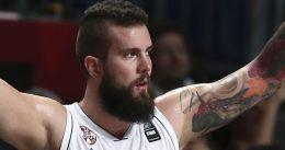 Serbia se quita el camuflaje cargándose a Grecia por 18 puntos